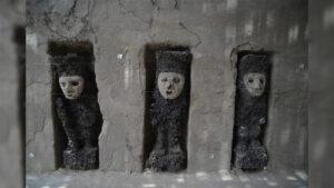 Ídolos de Madera en Chan Chan